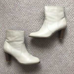 NEW White Leather Western Style Ankle Heel Boots